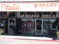 outside of Italia Bakery and Deli